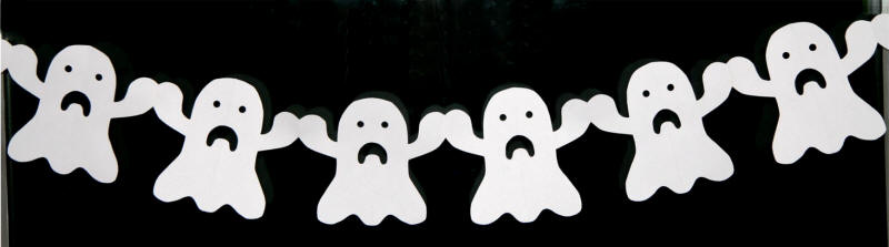 ghost paper chain - Halloween Paper Decorations